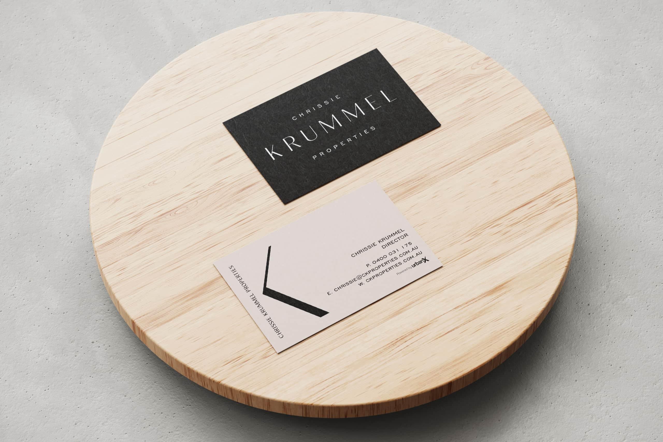 17-Chrissie-Krummel_Mockup_BusinessCard
